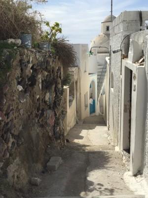 SantoriniFiraStreetRocks