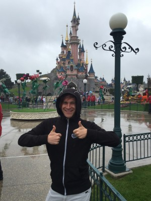 MathewDisneyParisCastle2